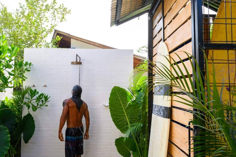 Build a garden shower yourself: First steps to your own outdoor shower