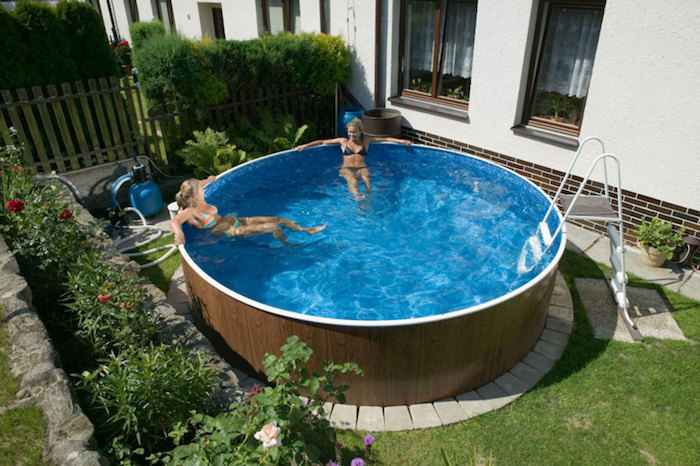, Set Up The Pool In The Backyard Without Damaging The Lawn: This Is How It Works, Best Garden, Home And DIY Tips